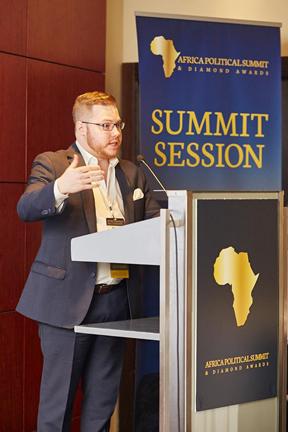 simon-lafrance-africa-political-summit-11-janvier-2016-srvb-4x6-72dpi